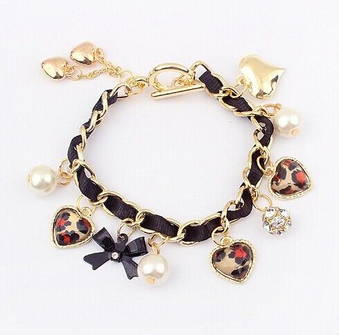 Bowknot and Heart Shaped Pendant Leather Chain Alloy Bracelet For Women Color: AS THE PICTURE Category: Jewelry > Bracelets   Item Type: Charm Bracelet  Gender: For Women  Chain Type: Leather Chain, Link Chain  Material: Pearl  Metal Type: Lead-tin Alloy  Style: Romantic  Shape/Pattern: Heart  #heartbraceletcharms #heartbracelet #charmsbracelet #womenbracelet #bridgat.com