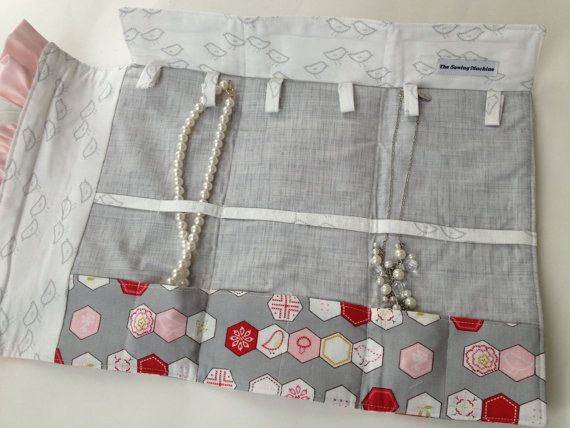 Necklace Travel Case in needle gray and carnation pink cotton Aneela