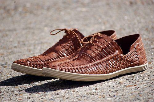 aaebc5b5cee Armando Cabral - Huarache sandal