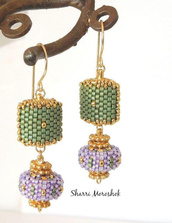 Lavanda e perlina perline orecchini - by Sharri Moroshok - verde salvia