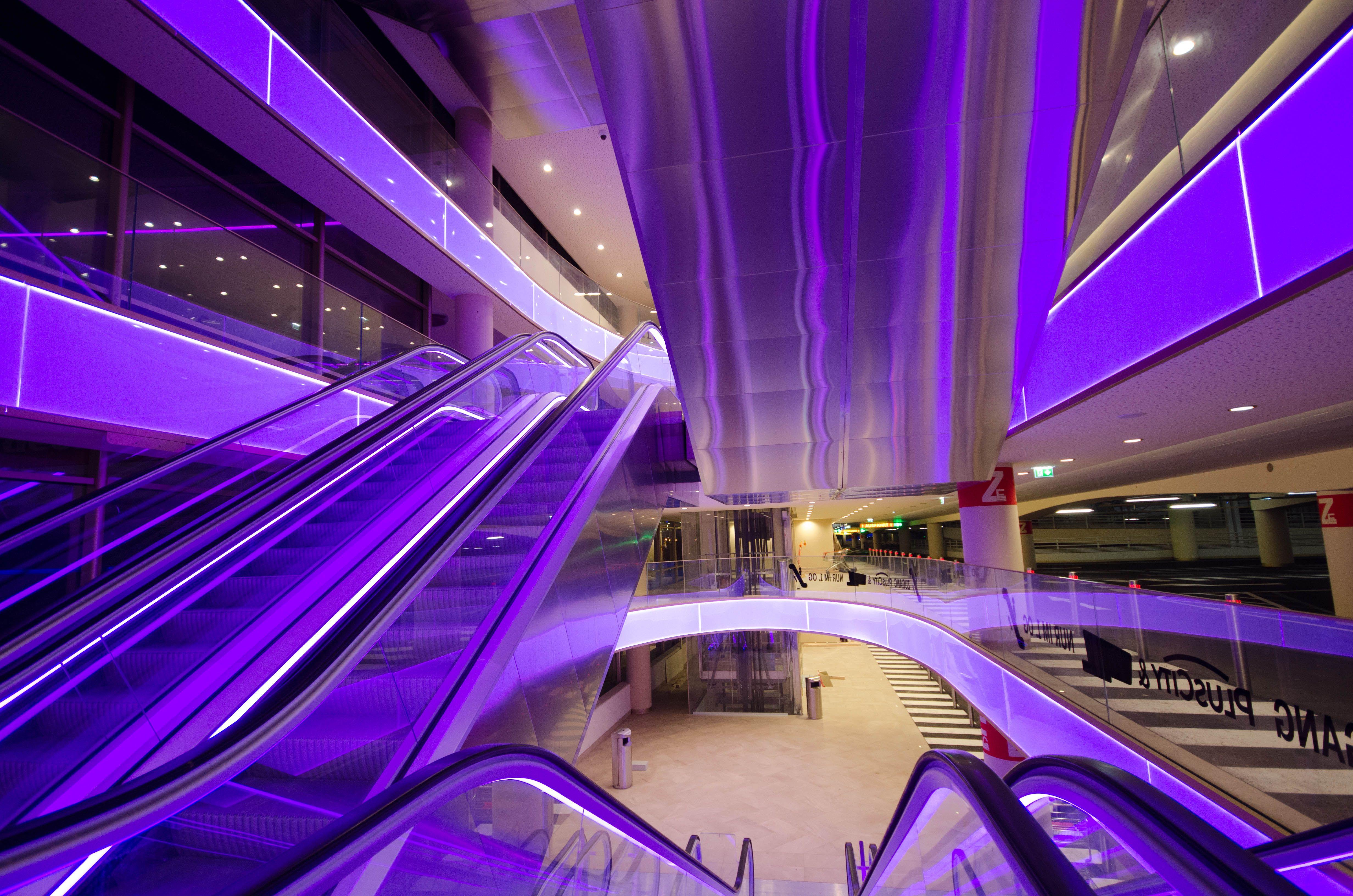 Led Strips Lights 10m Tehwaaz 32 8ft Rgb Led Rope Lights With 20 Keys Ir Remote Controller And Ap Deckenleuchte Mit Fernbedienung Led Deckenleuchte Led Stripes