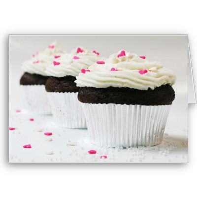 Makes me crave some birthday cupcakes!