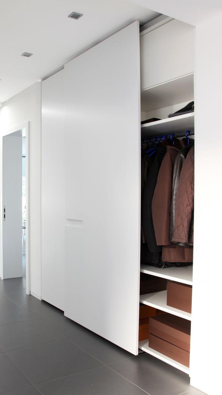 Eingangsgarderobe Schiebetür mattweiß offen # Eingangsbereich # Garderobe #offiziell …