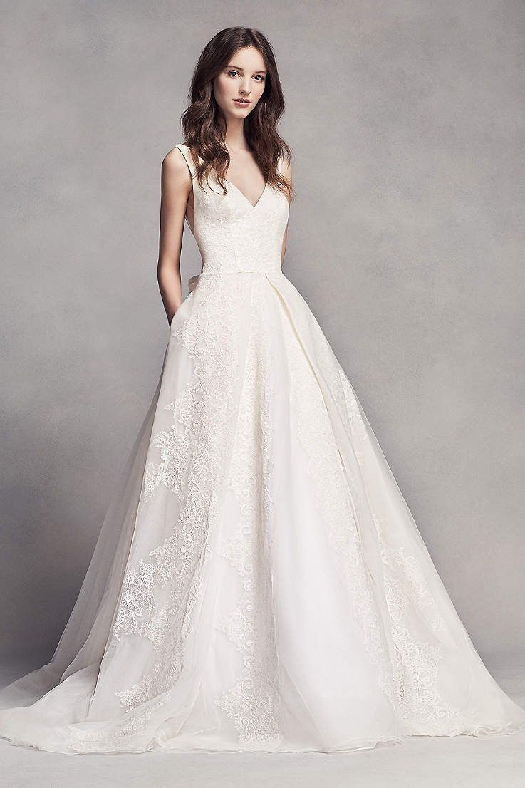 Looking For The Top Wedding Dress Designers Browse David S Bridal Elegant Designer Dresses Gowns To Select Perfect Look Your Day