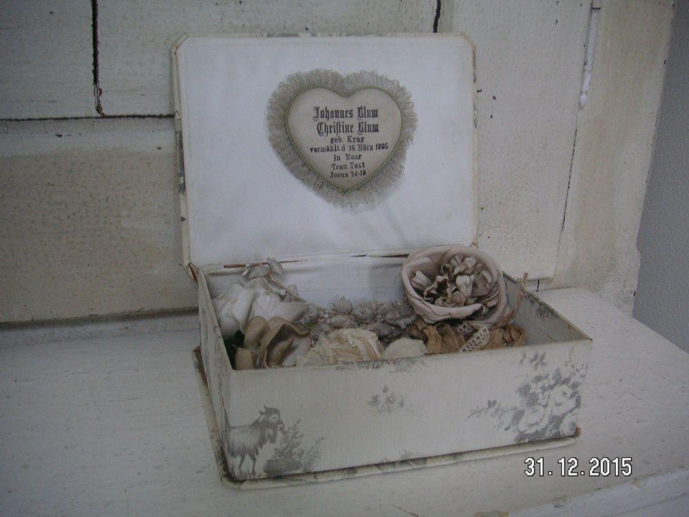 Konvolut antike Schachtel mit Inhalt Frankreich shabby vintage