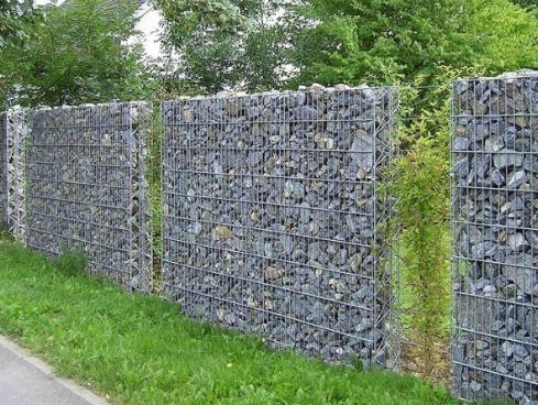 Cacher un mur en parpaing variegata paysage jardin pinterest murs en parpaings parpaing - Mur en cailloux ...