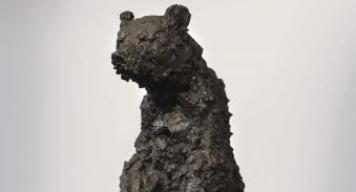 Nicola Hicks, Black (detail), 2008, bronze, Louis-Dreyfus Family Collection, © Nicola Hicks, photo courtesy Flowers Gallery