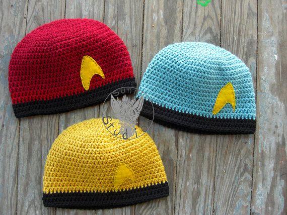 STAR TREK STARFLEET KNITTED HAT