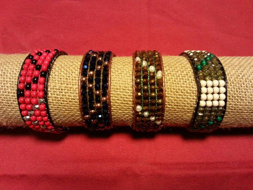 pulseras cuero, minerales, madera y facetadas.