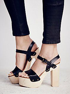 La Dolce Vita Clothing Trend for Women at Free People – Accessorize – Shoe Addict