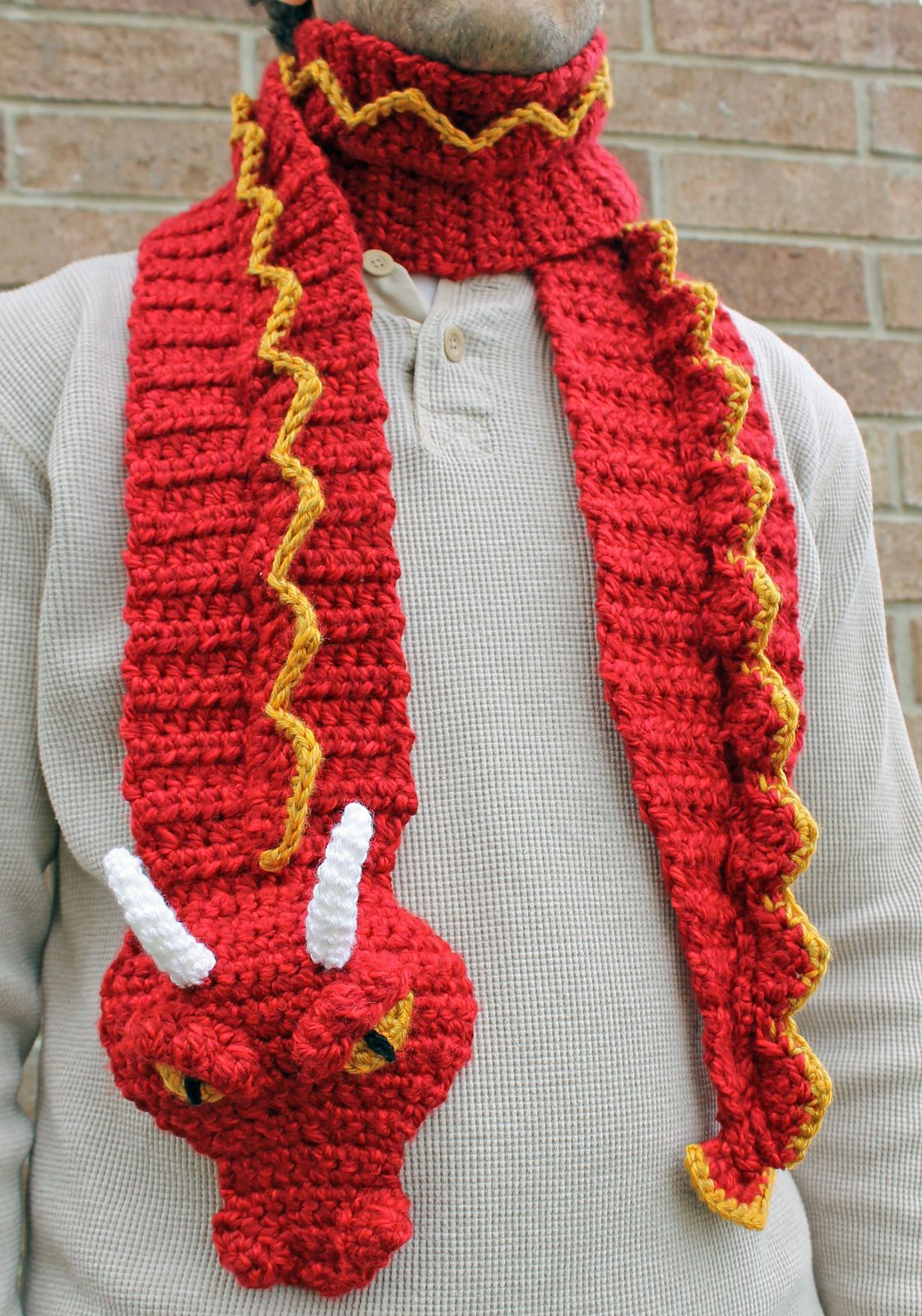 Dragon Scarf pattern by Joni Memmott / BriAbby | Craft Ideas ...