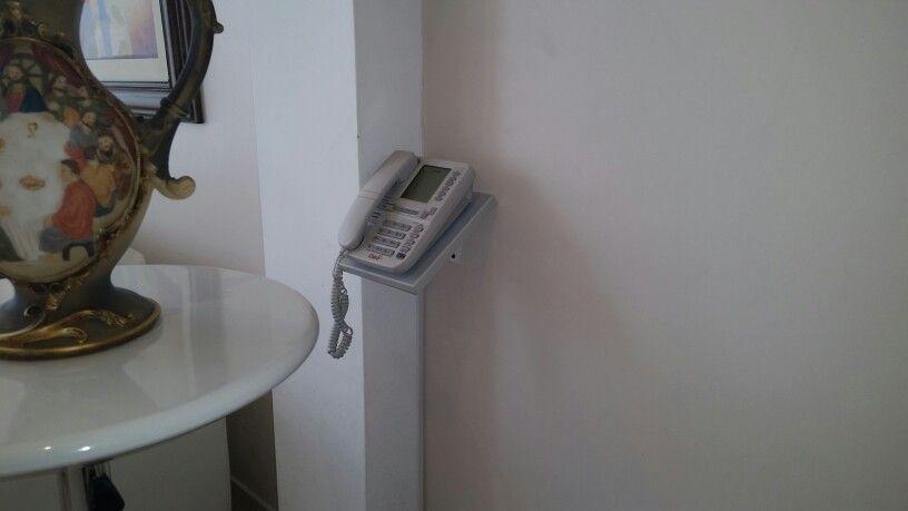 Porta teléfono fijo diseñado por mi esposa Rosy con la finalidad de ahorrar espacio