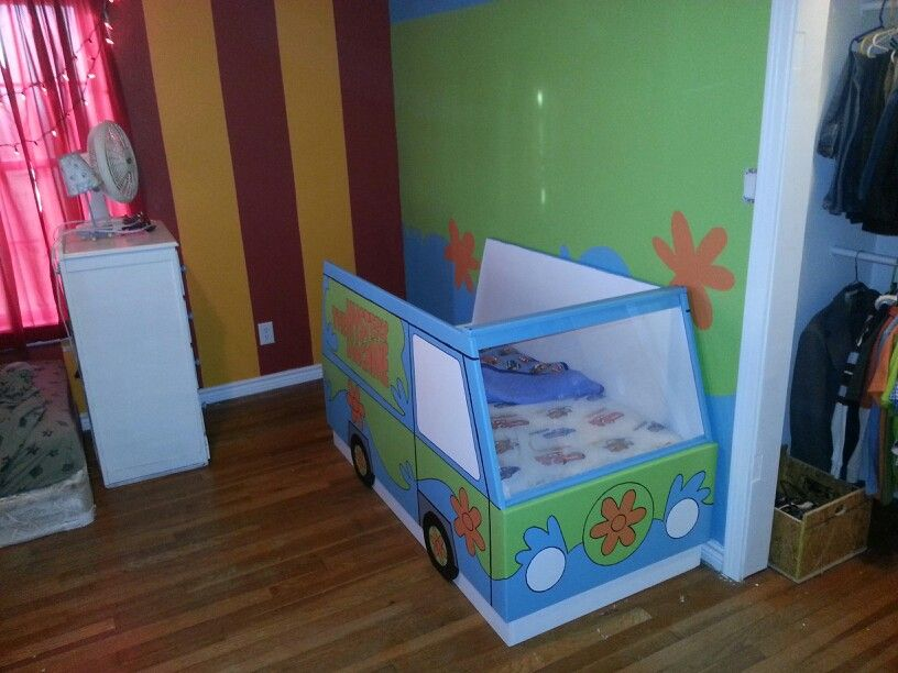 Scooby doo Mystery Machine toddler bed. Scooby doo Mystery Machine toddler bed   Miscellaneous   Pinterest