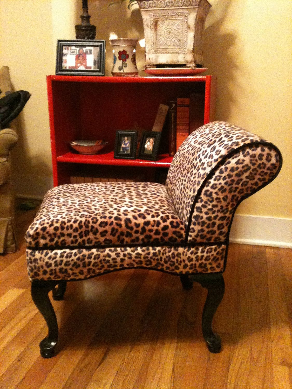 Vanity Chair Leopard. $99.00, via Etsy. | Animal print ... on leopard print living room furniture, leopard chair, beauty furniture home, paisley furniture home, leopard reclining sofa, leopard print furniture and accessories, zebra furniture home, leopard print retro furniture, animal print for the home, beach furniture home,