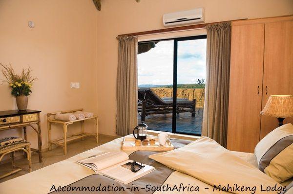 Beautiful accommodation available at Mahikeng Lodge. Accommodation at Mahikeng Lodge. Syferbult Accommodation.