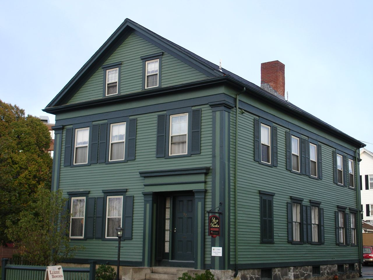 The Lizzie Borden House Fall River Massachusetts Real Haunted Houses Haunted Houses In America Scary Haunted House