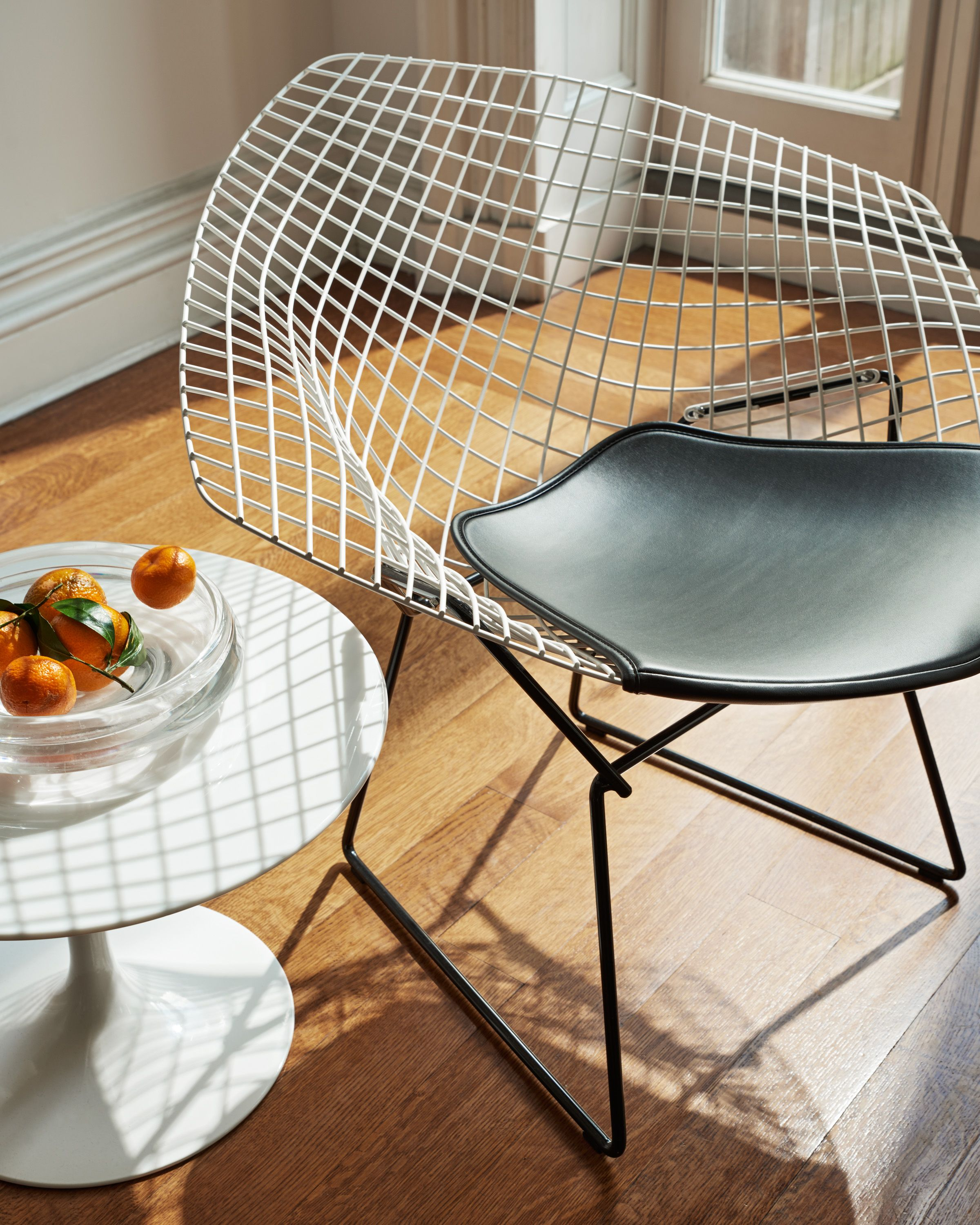 Chaise Diamond Bertoia Bertoia Diamond Chair In 2019 Seating Chair Knoll Chairs Lounge