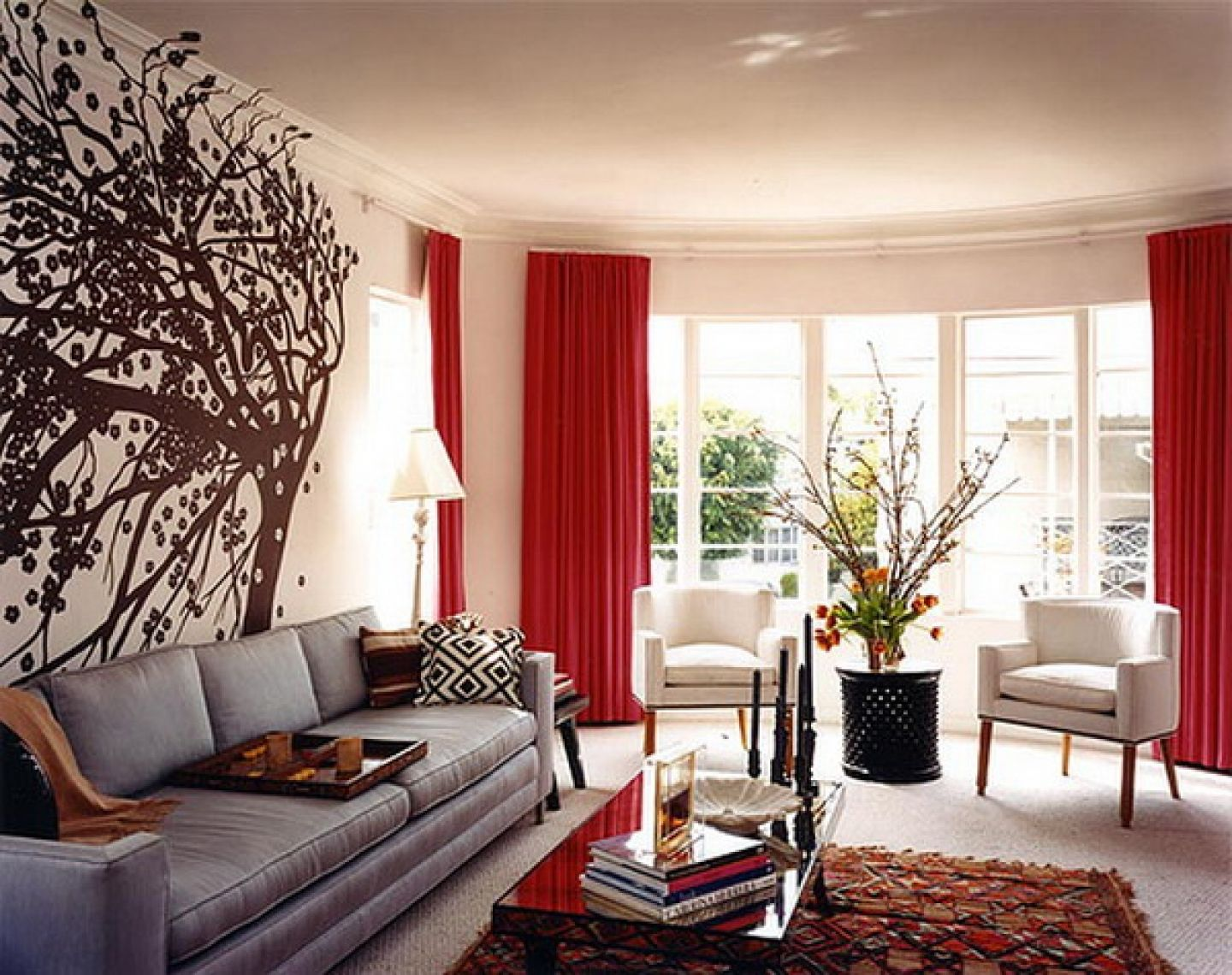Modern elegant living room has a sofa that is big and beautiful and - Wall Decor Magnificent Modern Style Luxury Home Wall Murals Grey Sofa Red Curtain Wonderful Model Wall Decoration