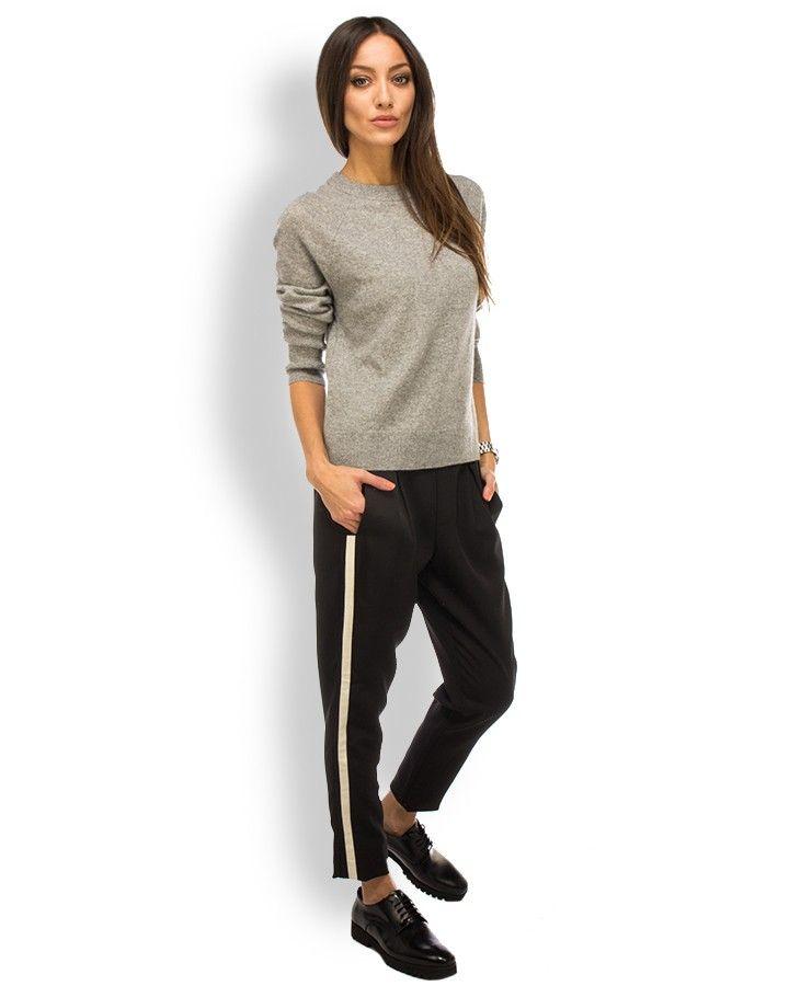 2nd One Hose Weiß-Schwarzer Streifen Schwarz  - lässig und zugleich elegante Hose von 2nd One aus einem fließenden Material in Schwarz - elastischer Gummibund - Bundfalten - seitliche Einschubtaschen - eine paspelierte Gesäßtasche - seitlicher Weiß-Schwarzer-Streifen - super komfortabler Schnitt