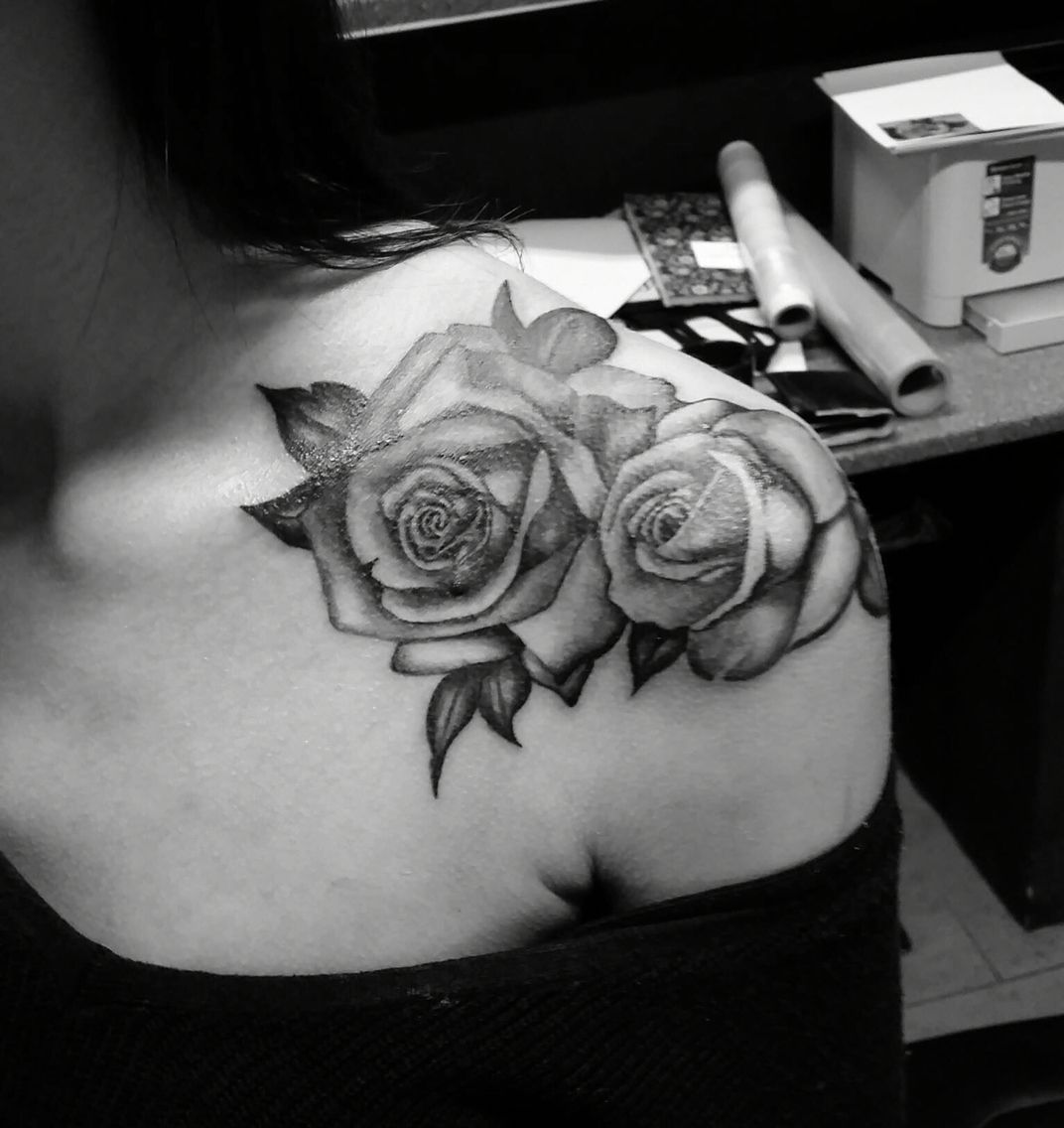 Black And White Rose Tattoo Shoulder