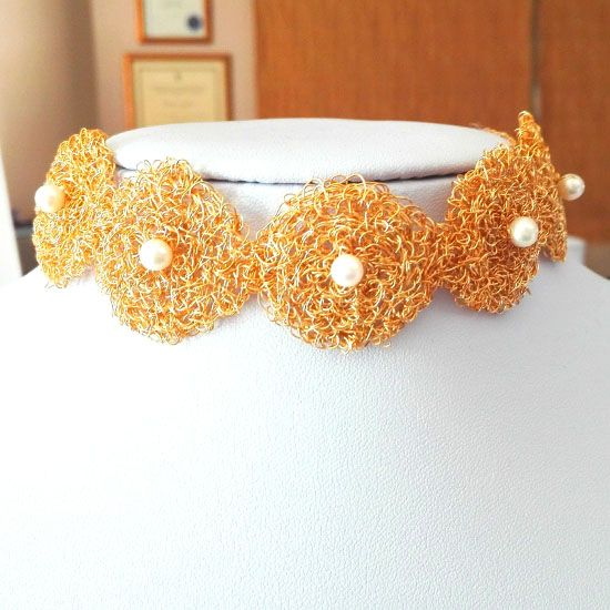 HANDMADE NECKLACE PEARL BYZANTINE KNITTED GOLD  c55bb2b0d40