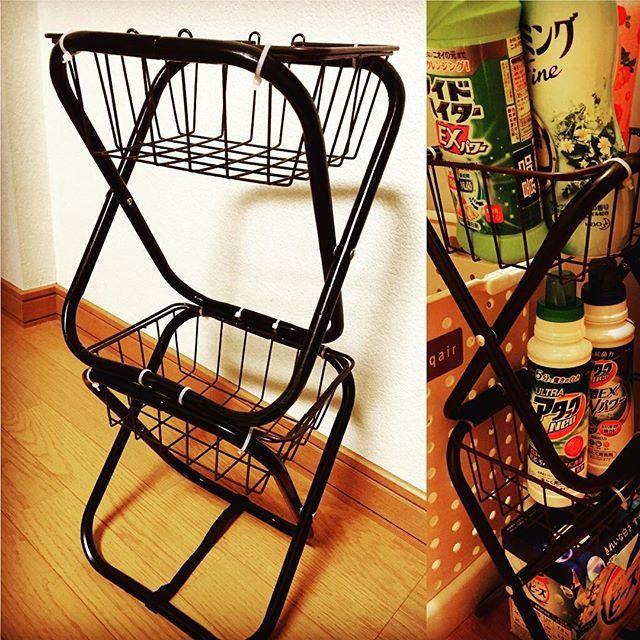 100円 ショップに売っている小さな折りたたみの簡易パイプ椅子をリメイクして おしゃれなインテリアをdiyするのが最近流行っているのをご存知でしょうか パイプ椅子の座面の部分を取り払って 収納に便利なボックスやミニ テーブルを手作りできるんですよ 100均素材