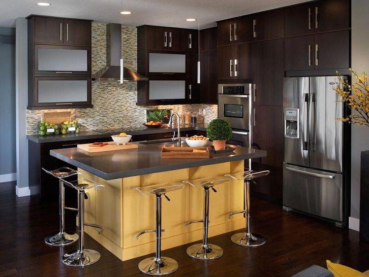 cocinas con islas practicas soluciones para asientos y diseo de interiores islas acompaadas de muebles