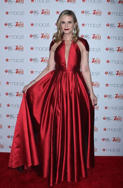 Americká herečka Bonnie Somerville (43) se zúčastnila charitativní akce Go  Red for Women 279d0dd678