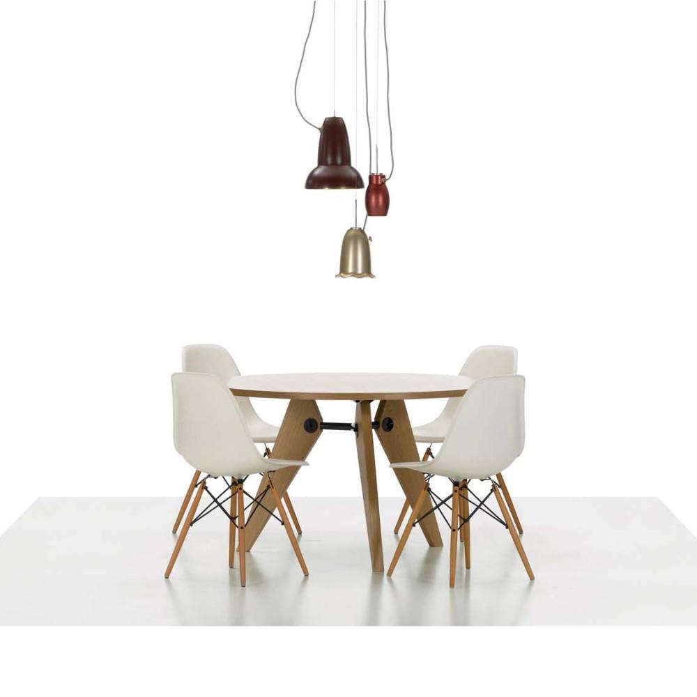 Multifunktionsstuhl Neben Der Damals Innovativen Herstellung Der Sitzschale Aus Kunststoff War Der Plastic Side Chair Auch Esszimmerstuhl Plastikstuhle Stuhle