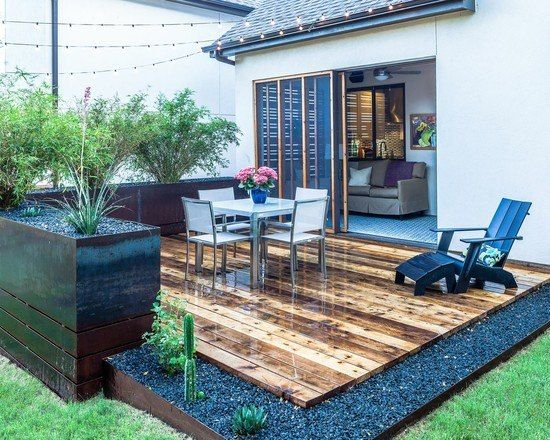 kleine gartenterrasse grenze k bel kies dielen essbereich schiebet ren haus terasser. Black Bedroom Furniture Sets. Home Design Ideas