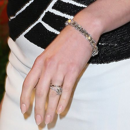 Anne Hathaway Engagement Ring Google Search