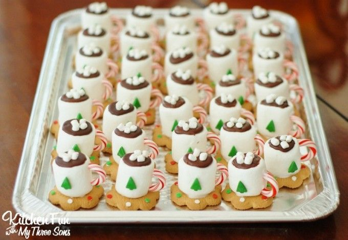 15 Perfectly Paired Christmas Movies and Treats #chocolatemarshmallowcookies