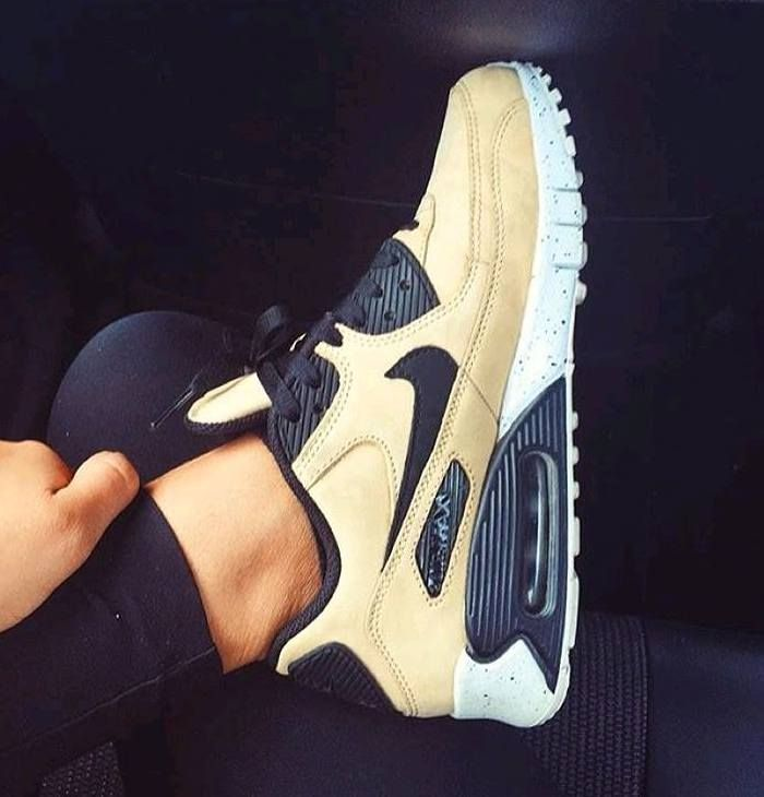 new arrival 2c098 bdeb2 Nike Air Max Womens Air Max 1, Nike Air Max, Mens Fashion, Fashion