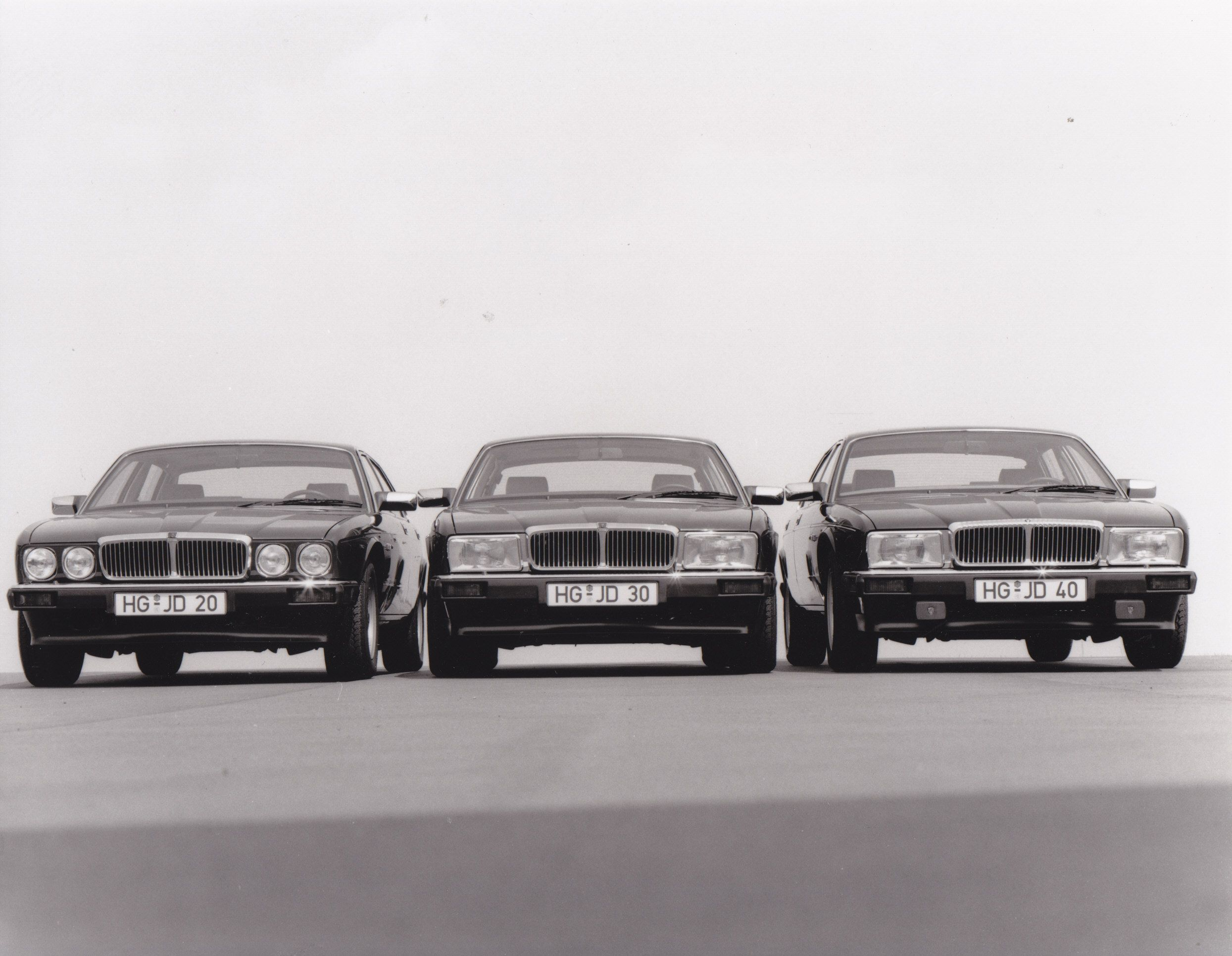 Jaguar XJ 6, Sovereign, Daimler (Germany)