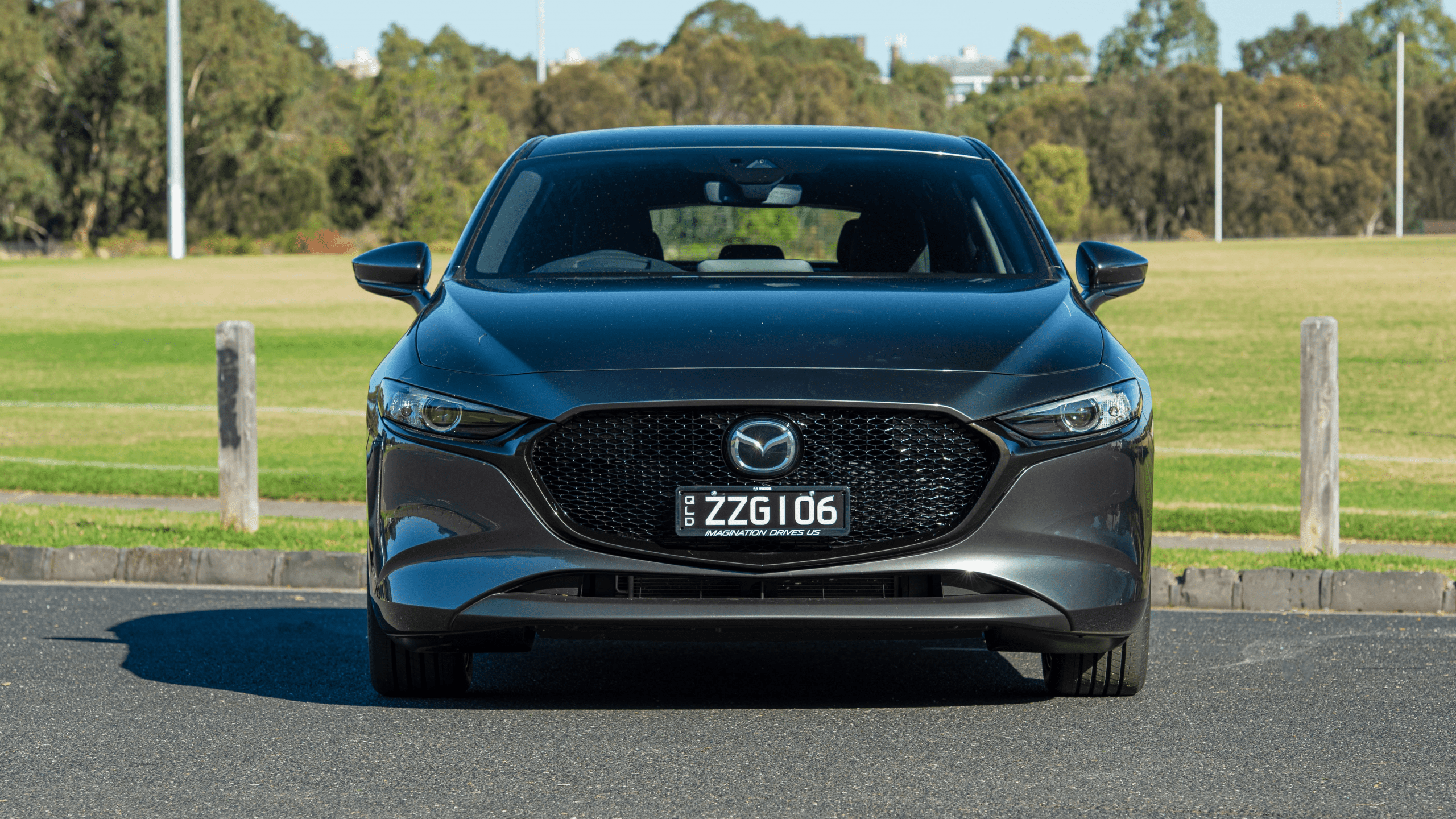 2021 Mazda 2 Picture