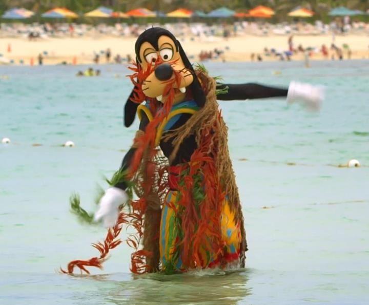 Goofy In Castaway Cay Disney Wishes Disney Cruise Line Disney Cruise