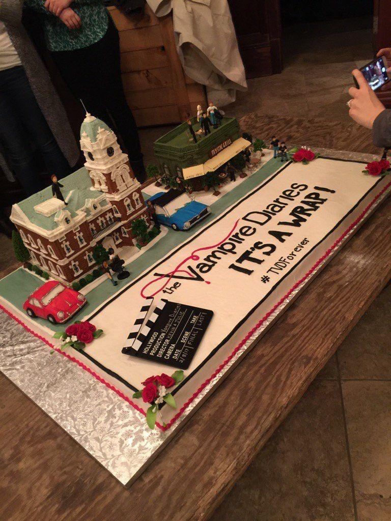 Holy Vampire Cake Tvdforever Tvdfamily Julieplec Favorite