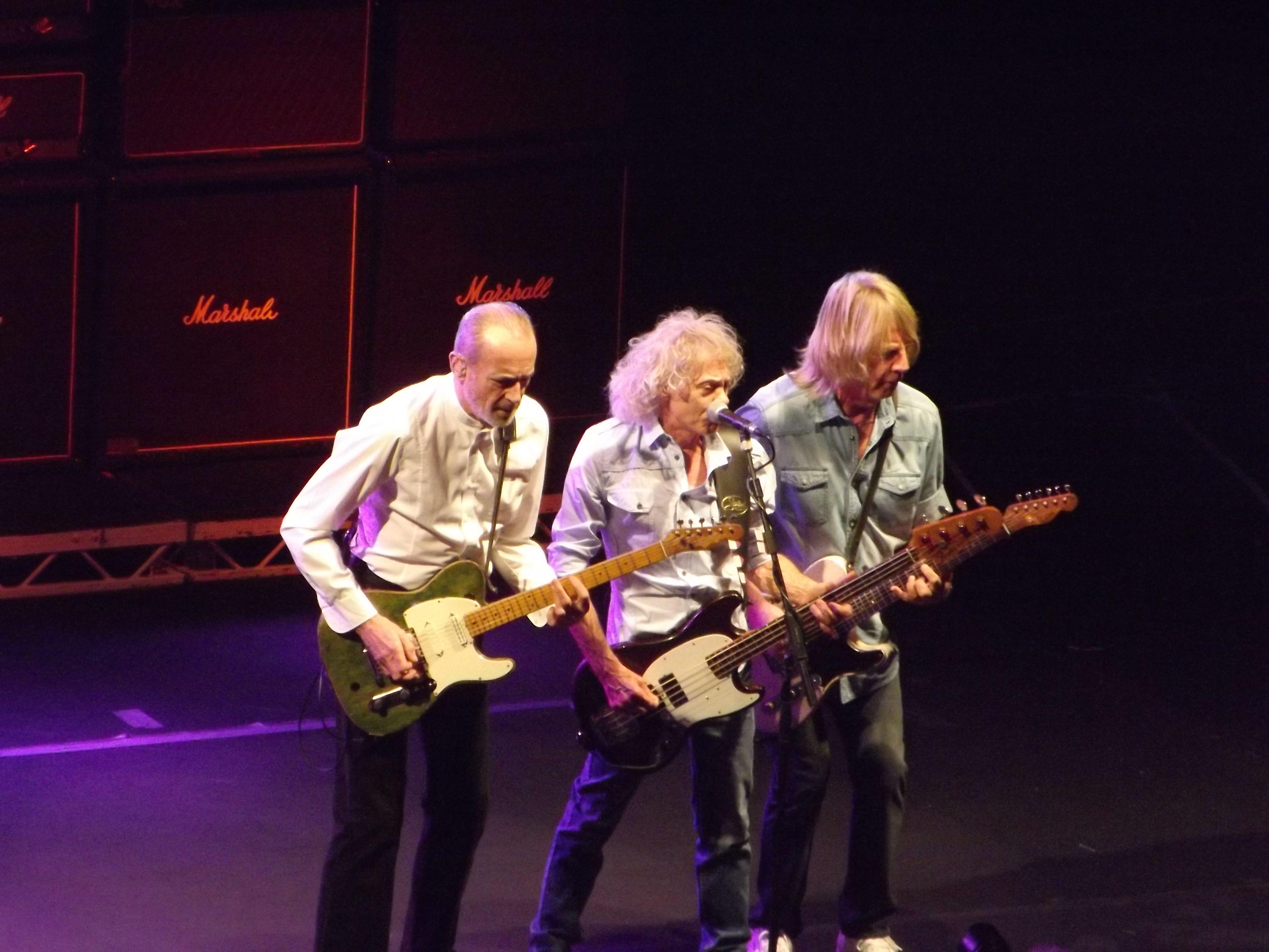 I saw the original 4 band members of Status Quo Frantic