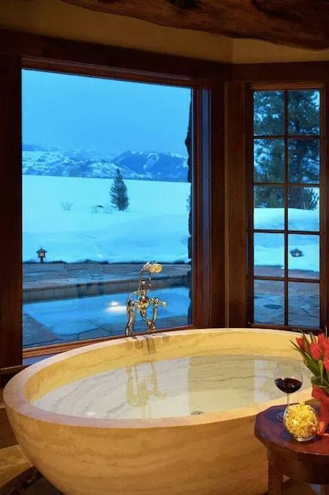 I would live in this tub