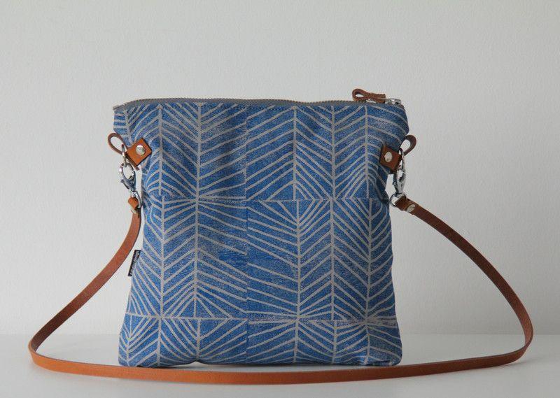"""Canvastaschen - Canvastasche """"Ebba S"""", blau - ein Designerstück von DaBELJU bei DaWanda"""