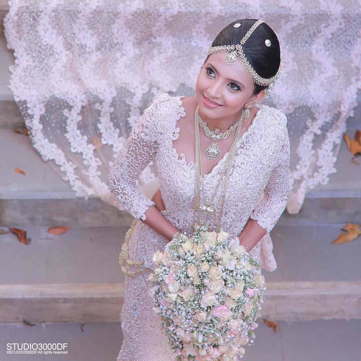 Sri Lankan Bride Wedding SareesBridal DressesDesigner