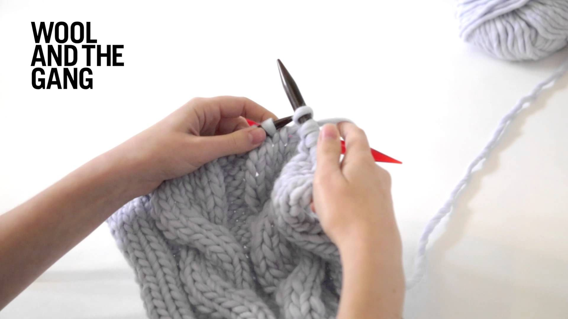 How to knit Cables. #woolandthegang #howto #AllIWoolForChristmas ...