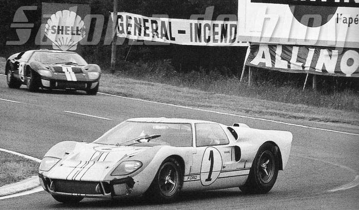Le Mans 1966 Ken Miles Hulme Driving The Ford Gt In Which They