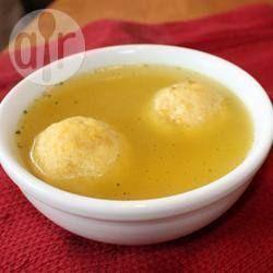 Sopa da vovó com bolinhas de matzá @ allrecipes.com.br