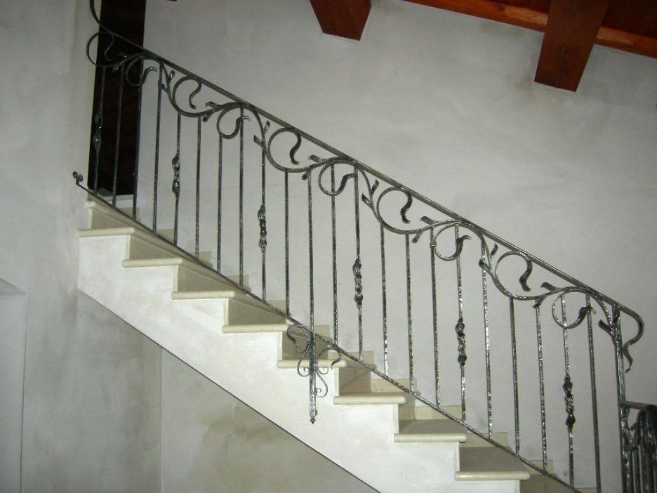 Best Staircase Minimalist Silver Wrought Iron Stair Railing 400 x 300