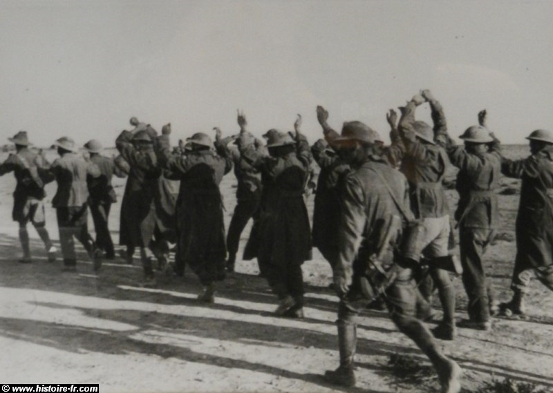 Prisonniers de guerre britanniques suite à l'opération Battleaxe, juin 1941