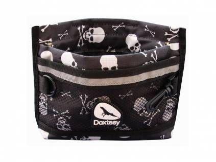 doxtasy trainings tasche mit schnellverschlu skull and. Black Bedroom Furniture Sets. Home Design Ideas