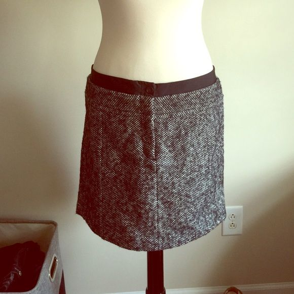 2edf12a874 Ann Taylor Loft Wool Skirt Ann Taylor Loft black & white houndstooth wool  (71%) skirt. Fully lined. Zipper in front. Size 14 so it is pinned on my  model to ...
