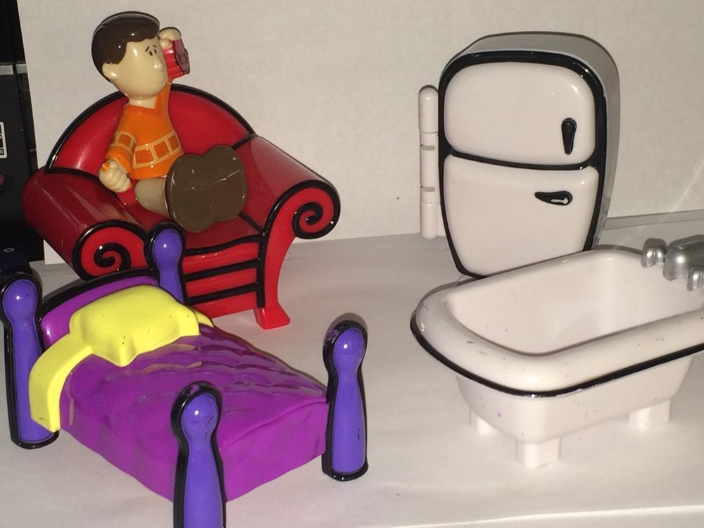 Blues Clues Playhouse Furniture Bed Tub Thinking Chair Steve Refrigerator Lot #Viacom