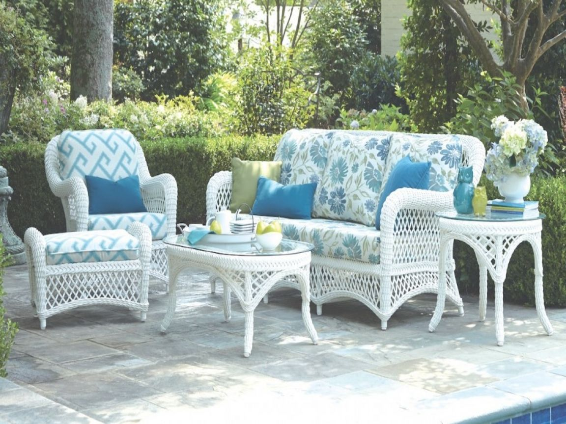 white wicker patio furniture gallery 1 margin: auto; #gallery 1 .gallery item float: left  white wicker patio furniture